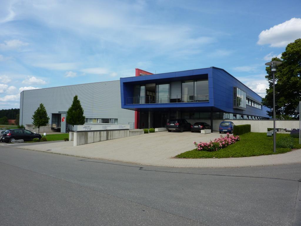 Bauer Elektroplanung Referenz Firma Bomo